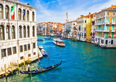 Venice - The perfect place for romantic weddings