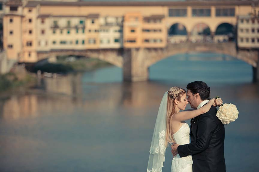 Bridal couple at their wedding day in Florence