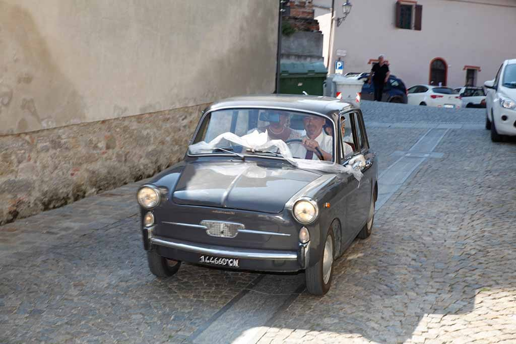 Oldtimer Wedding Car in Piedmont