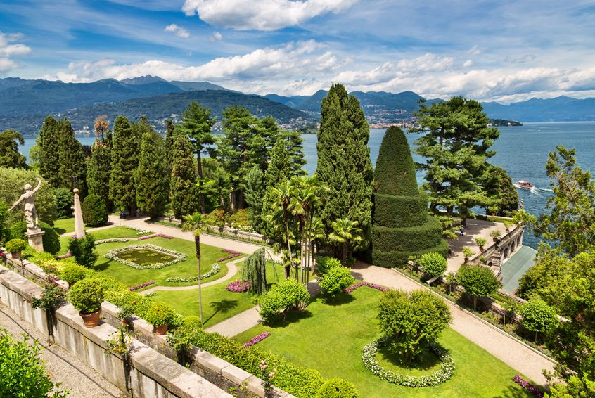 Lake Maggiore: the Perfect Backdrop for a Romantic Wedding on the Italian Lakes