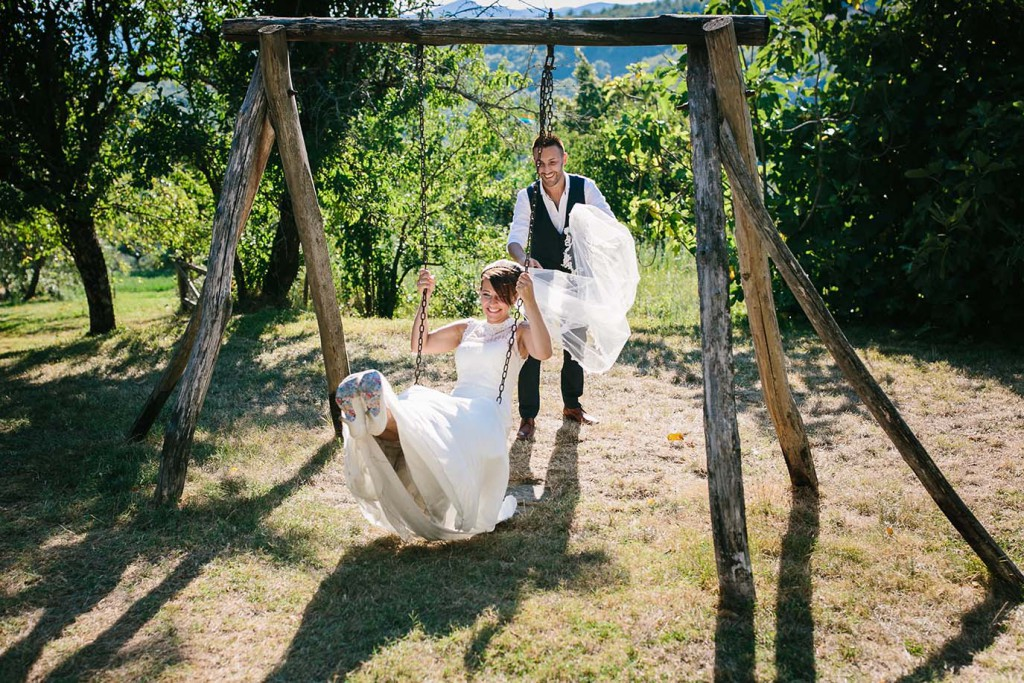 Bridal couple in Tuscany