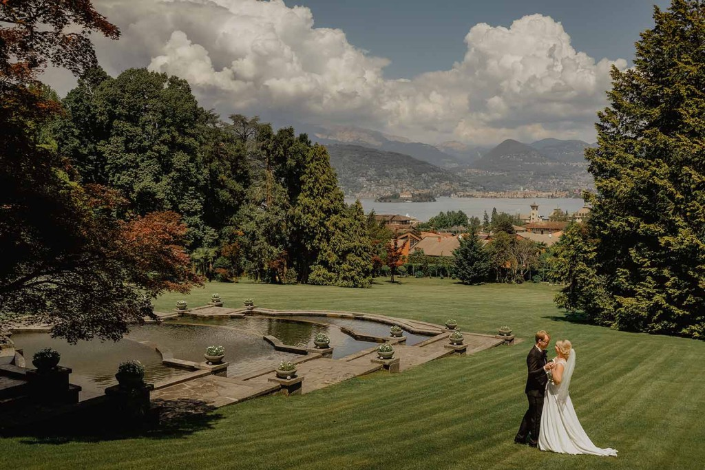 bridal couple on Lake Maggiore