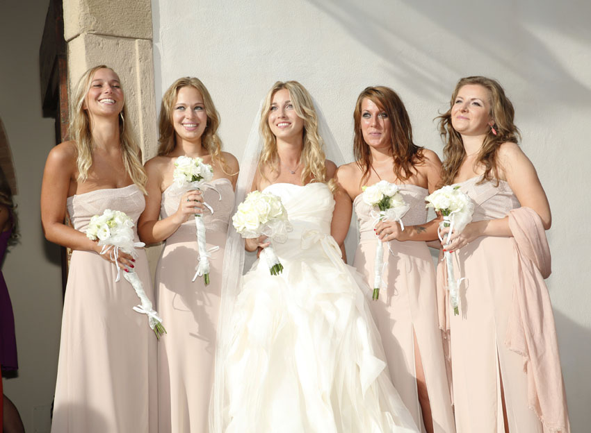 Bridesmaids in gorgeous dresses at a elegant wedding in Tuscany