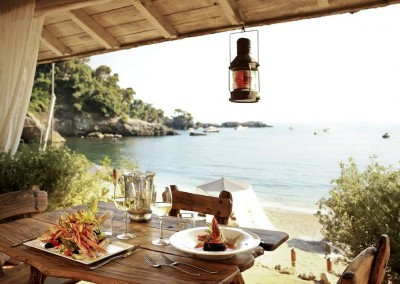 Restaurant with view over the sea