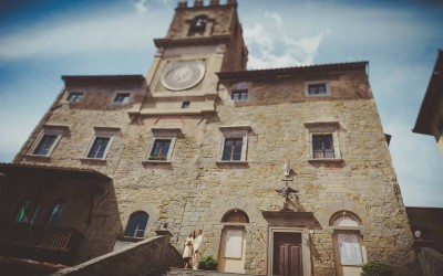 Stately Town Hall Civil Wedding in Cortona