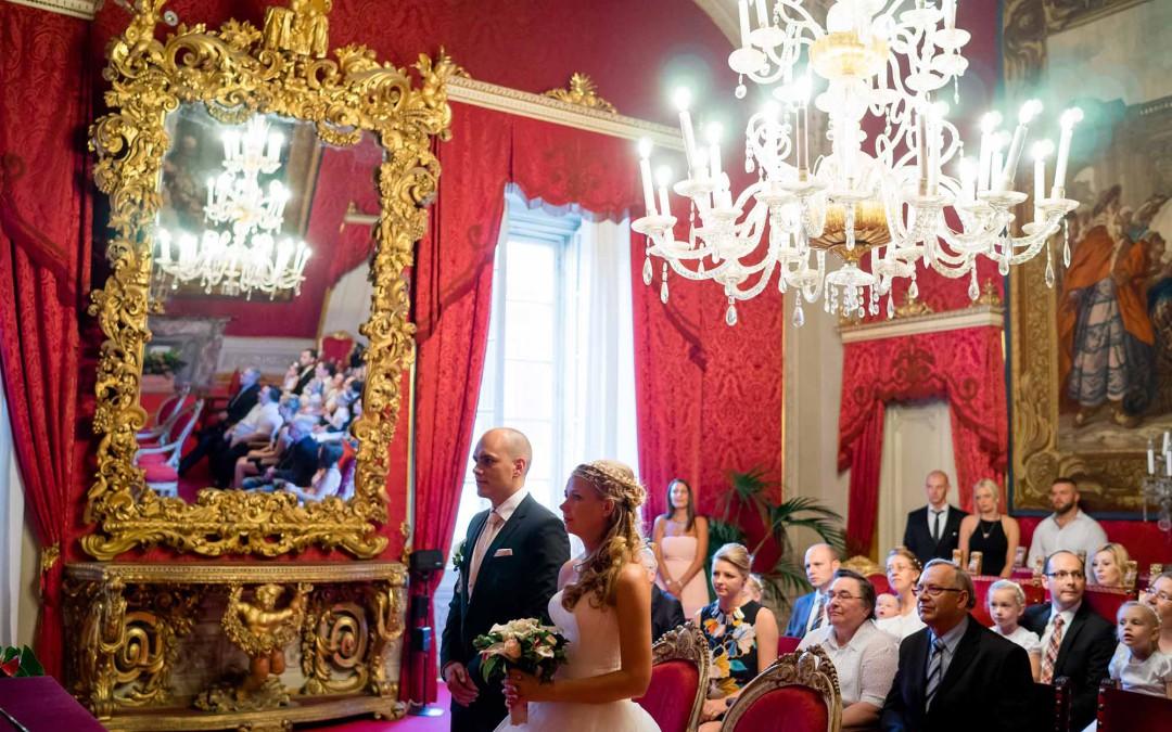 Civil wedding in Palazzo Vecchio in Florence